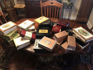 30 cigar boxes for Sale in Tampa, FL