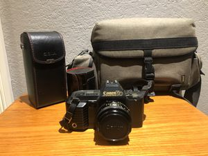 Canon T70 film camera for Sale in Southwest Ranches, FL