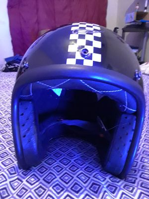 Fulmer motorcycle scooter dot helmet LG for Sale in Austin, TX