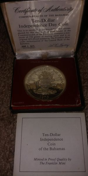 1975 Bahamas Silver Ten Dollar Independence Day Coin for Sale in Forest, VA