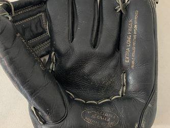 AHI Vintage Baseball Glove Williams Series Imperial 6230BO RH Throw for Sale in Beaverton,  OR