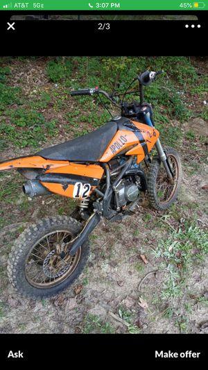 125 cc Apollo dirt bike for Sale in Atlanta, GA
