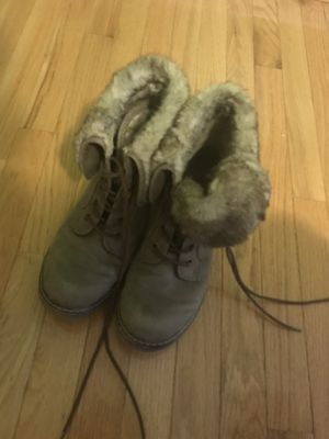 suede size 11 boots with fur for Sale in Huntingtown, MD