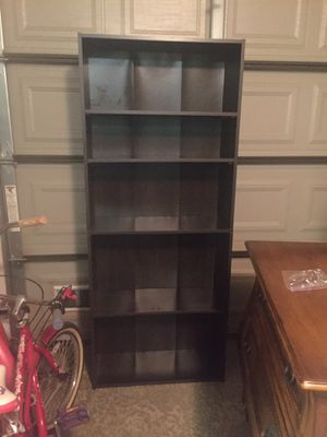 Bookcase with adjustable shelves for Sale in Rancho Cucamonga, CA