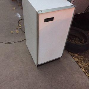 Free Mini Fridge for Sale in Phoenix, AZ