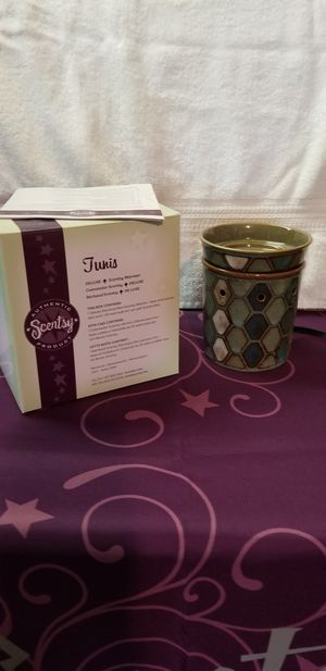 Scentsy warmer for Sale in Olmsted Falls, OH