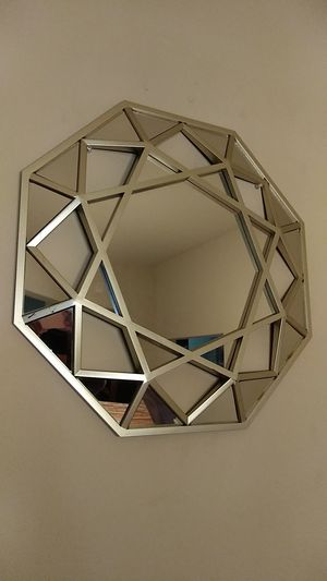 Beautiful decorative mirror for Sale in Gulfport, MS