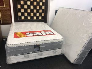 full pillow top mattress with boxspring for Sale in Moreno Valley, CA