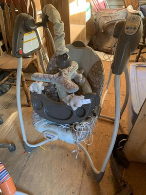 Baby swing for Sale in Poteet, TX