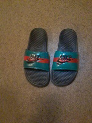 d3528567346040 Custom Gucci Nike Slides for Sale in Ocala