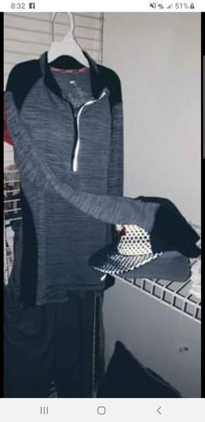 Stretchy gray active wear jacket. For juniors. for Sale in Missouri City, TX