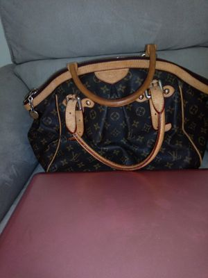 Louis Vuitton Tivoli PM for Sale in Silver Spring, MD