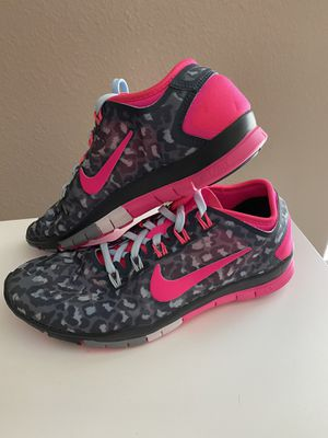 New Nike Shoes - Size 7 for Sale in Orlando, FL