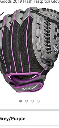 Girls Softball Glove for Sale in Buena Park,  CA