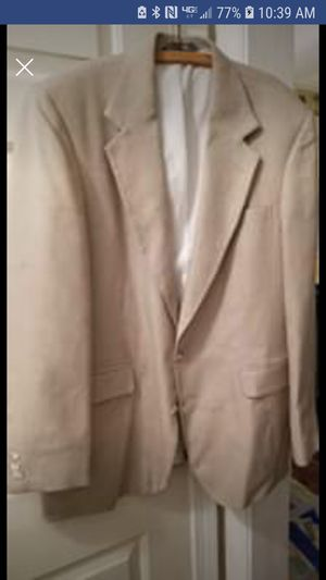 Mens Khaki Colored Sport Coat (Size 32) for Sale in Jackson, MS