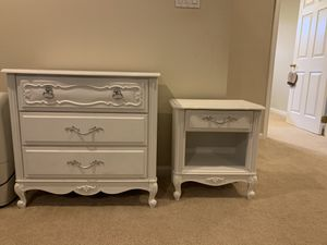 Antique mini dresser and nightstand for Sale in Ellicott City, MD