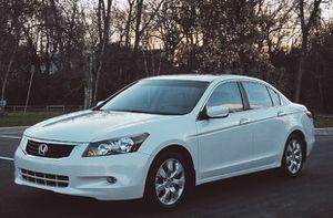 Honda Accord Great on gas sedan V6 for Sale in Charleston, WV