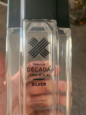 DÉCADA SILVER for Sale in Huntington Beach, CA