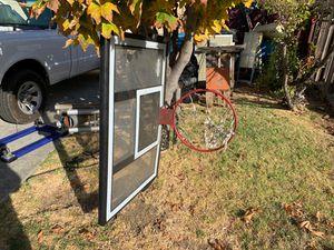 Basketball hoop for Sale in Vallejo, CA
