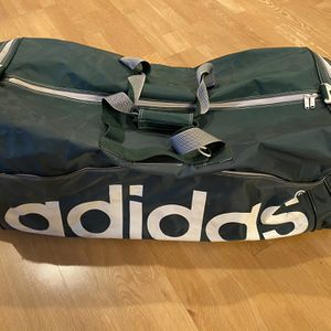 ADIDAS TRAVEL DUFFLE BAG for Sale in Glendale, CA