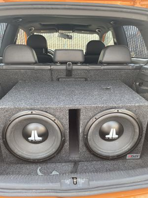 "Dual 12"" JL Audio Subs with enclosure for Sale in Elk Grove, CA"