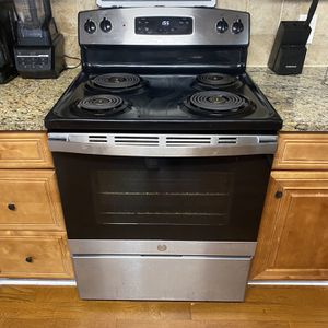 Electric Stove for Sale in Snellville, GA