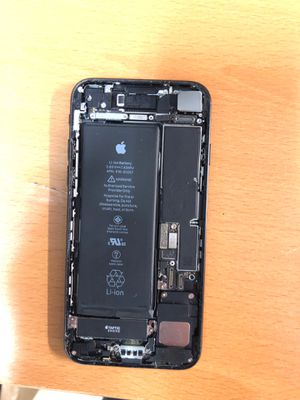 iPhone 7 for parts . 128gb T-Mobile , no screen . Shout down for Sale in San Francisco, CA