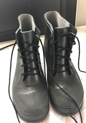 Steel toe work boots for Sale in Cleveland Heights, OH