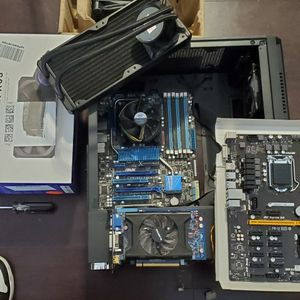 Performance Pc Parts (Lot) for Sale in Las Vegas, NV