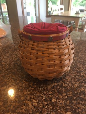 2004 Longaberger Sweetheart Basket for Sale in Lacey, WA