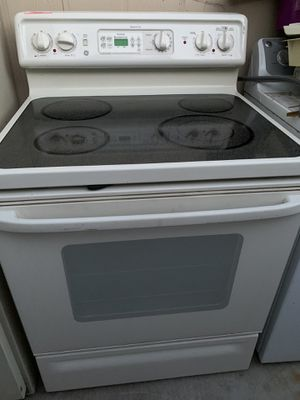 Ge electric stove @delivery available for Sale in Phoenix, AZ