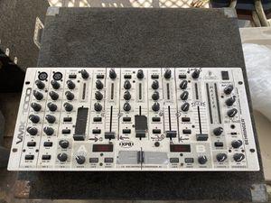 Behringer VMX1000 Pro Mixer dj mixer DJ equipment for Sale in Carson, CA