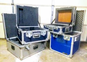 4 ATA ROAD CASES - CALZONE & LM ENG. FOAM PADDED STORAGE CASES (Anvil Case type) for Sale in Covina, CA