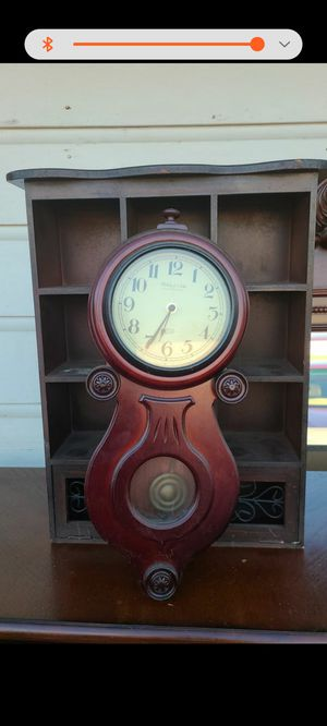 Wall clock antique style for Sale in El Monte, CA