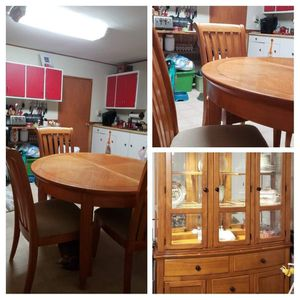 Kitchen Table 4 chairs and hutch for Sale in Woodsboro, MD