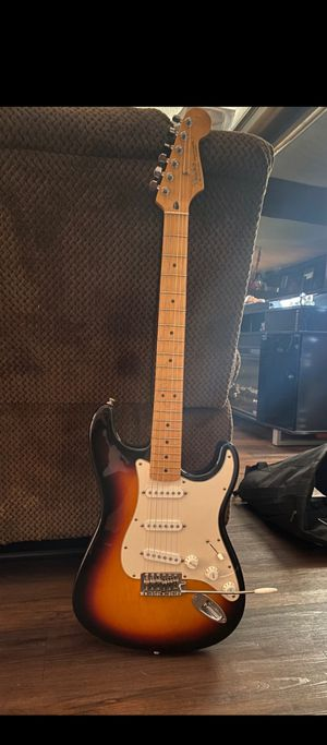 Fender Stratocaster Electric Guitar for Sale in Los Angeles, CA