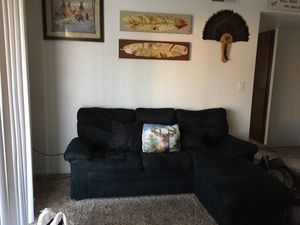 Black sectional couch for Sale in Yuba City, CA