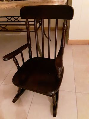 Kids Rocking chair for Sale in SOUTH SUBURBN, IL
