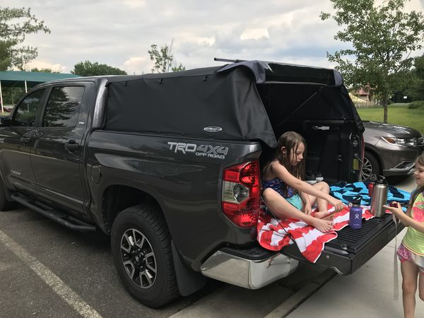 Canvas camper shell for Toyota Tundra