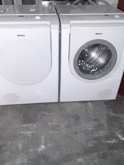 Washer and Dryer Bosch gas Dryer Good Condition 3 Months warranty Delivery And Install for Sale in San Leandro,  CA