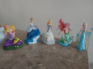 Disney Princesses collectible statues for Sale in Riverview, FL
