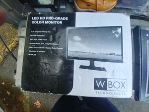 W-BOX LED HD PRO-GRADE COLOR MONITOR for Sale in Puyallup, WA