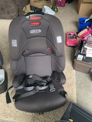 Car seat/ booster seat for Sale in Middleburg, FL