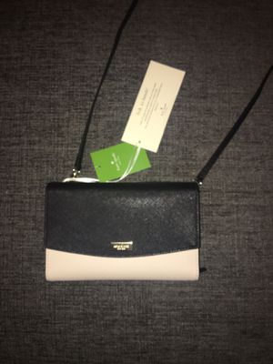 BRAND NEW KATE SPADE CLUTCH for Sale in Irving, TX