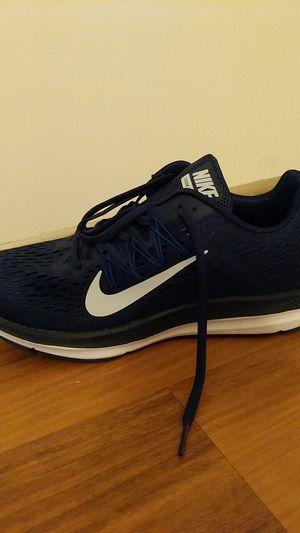 Nike Winflo 5 Size 11 for Sale in Alexandria, VA