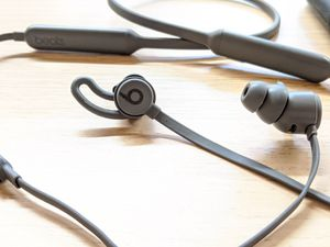 Beats by Dre earbuds - Gray for Sale in Vancouver, WA