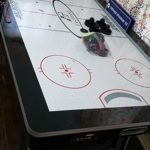 Air Hockey Table for Sale in Lynwood, CA