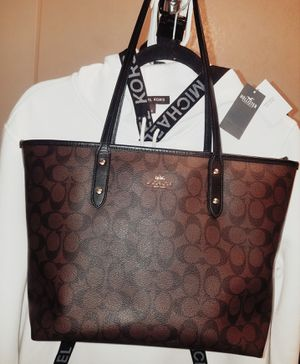 Original Coach tote bag for Sale in Parlier, CA