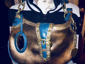 Nine West Bronze Snakeskin with Turquoise/Gold accents and Brass heavy Hardware Shoulder Bag for Sale in Allen Park, MI