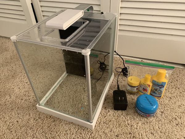 Fluval ~5 Gallon Fish Tank With Filter And Light
